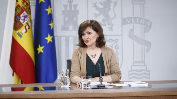 Carmen Calvo, vicepresidenta del Gobierno, durante la rueda de prensa de hoy