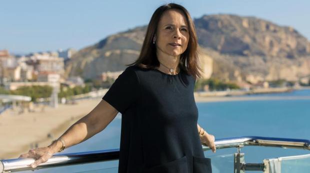 Mónica Armani, en el puerto de Alicante