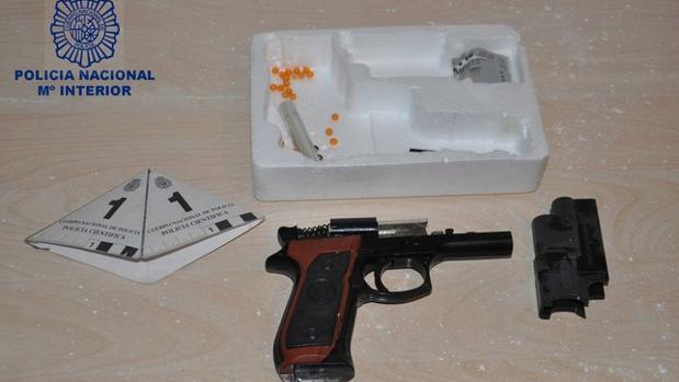 Arma incautada al detenido en Valdepeñas (Ciudad Real)