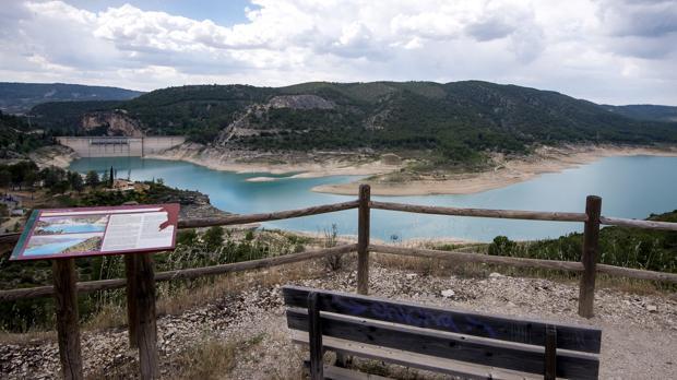 Embalse de Entrepeñas en el río Tajo, en junio de 2017