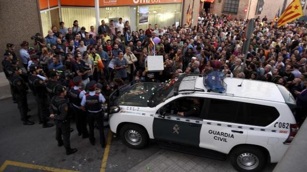 Afloran las argucias contables de la Generalitat a pesar del miedo de los testigos