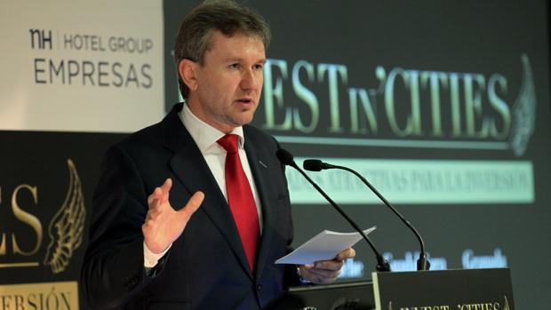 El alcalde de Burgos, el popular Javier Lacalle