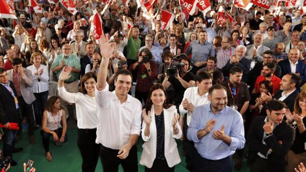 Pedro Sánchez, en un acto de precampaña electoral en Valencia