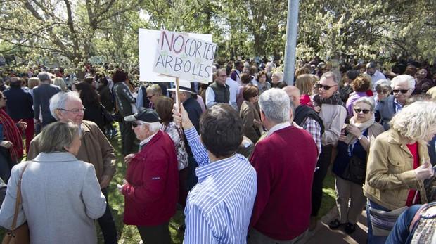 Protesta en la Alameda de Osuna