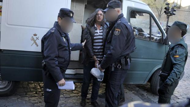 El acusado llegando a la Audiencia Provincial de Toledo