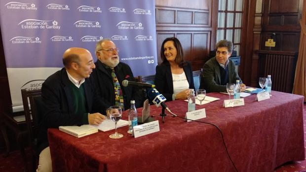 Urquijo, Savater, Uriarte y Alonso