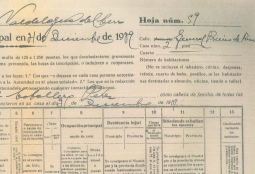 Detalle de una hoja de empadronamiento de 1939, donde se observa el nombre de la calle en honor al «general Primo de Rivera»