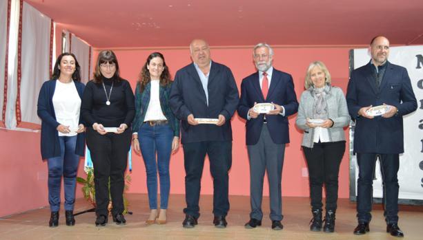 El alcalde de Talavera, Jaime Ramos, en el homenaje a Rafael Morales