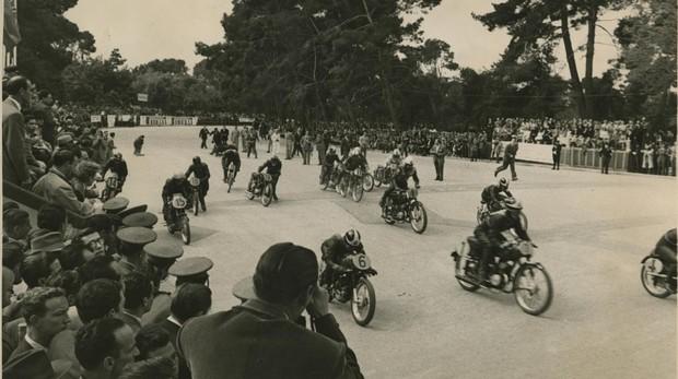 IX Gran Premio Internacional Motociclista de Madrid, en el Parque del Retiro, en 1953