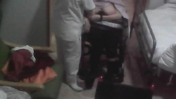 Maltrato en la residencia de Los Nogales: «Mi madre murió y estaba bien cuando la dejé en su cuarto»