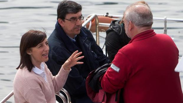 La conselleira Ángeles Vázquez de camino a Cíes esta mañana