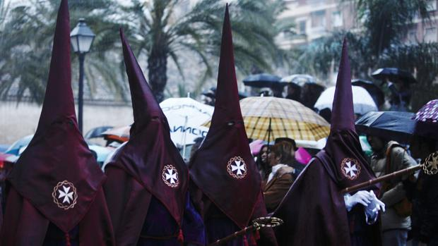Imagen de una cofradía de la Semana Santa Marinera de Valencia