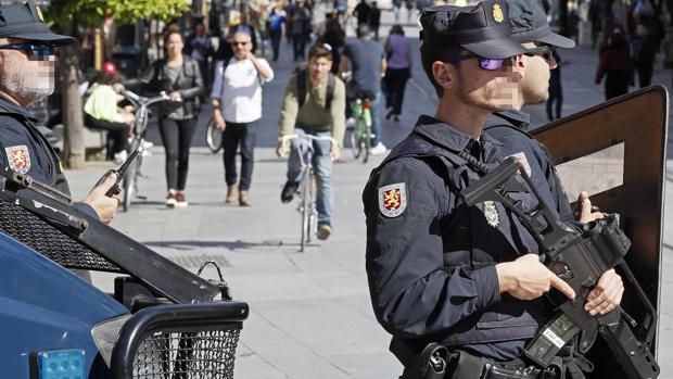 Detenido un yihadista que pretendía atentar en la Semana Santa de Sevilla