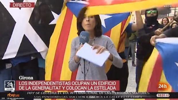Un momento de acoso a una periodista en Gerona
