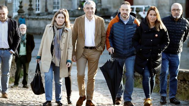 La candidata de Cs por La Coruña, izquierda, junto a Luis Garicano, el jueves en Lugo