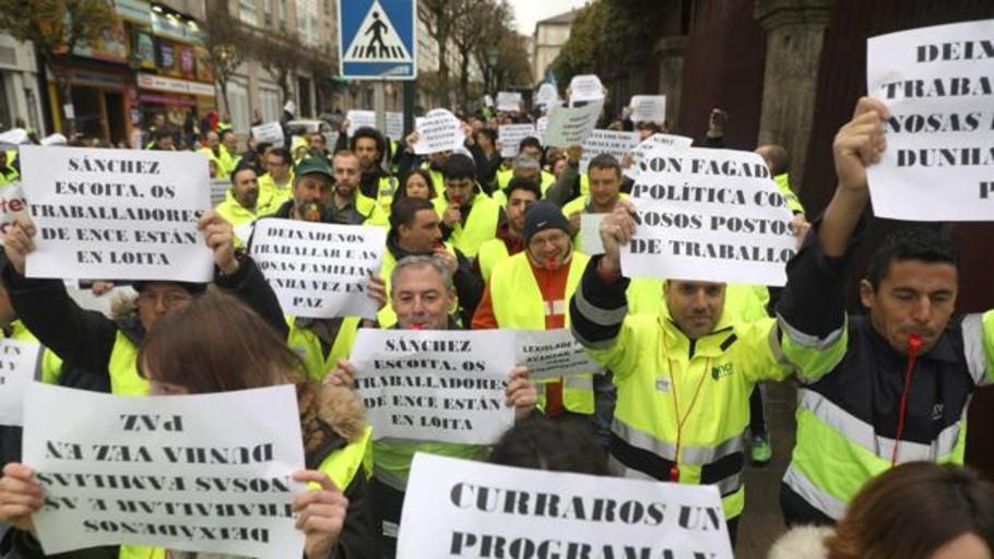 Ence acusa a Costas de retorcer la ley como un «régimen bolivariano»