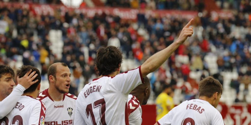 4-2: Recital ofensivo del Albacete, que sigue soñando a lo grande
