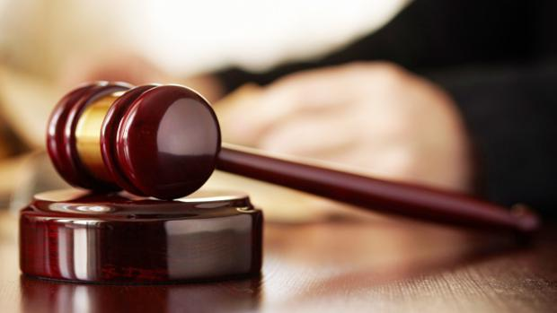 Una sentencia arrebata el usufructo vitalicio a una divorciada por volver a casarse