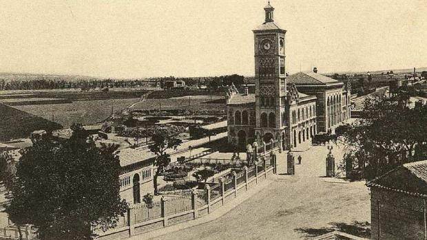 Vista general de la Estación. Archivo Municipal de Toledo. Fototipia Castañeira, Alvarez y Levenfeld, (ca. 1920