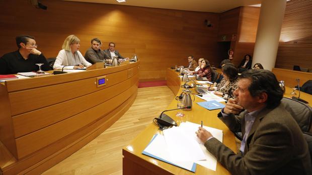 Imagen de una de las sesiones de la comisión de investigación sobre la financiación de PSPV y Bloc