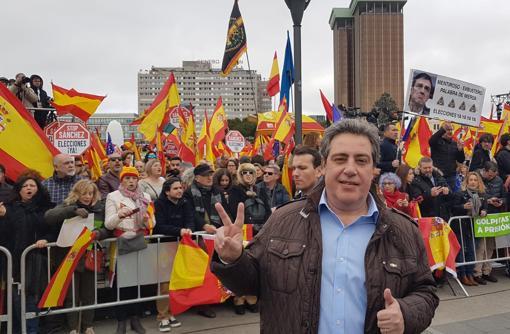 Imagen del candidato de Vox a la Presidencia de la Generalitat, José María Llanos