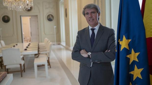 Cuando Ángel Garrido celebraba su salto a Bruselas y alababa a la «presidenta» Ayuso