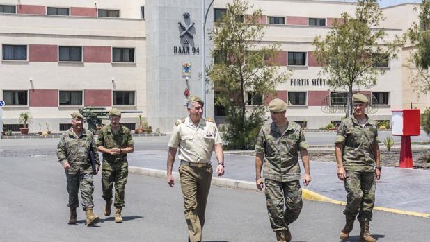 Manuel Sánchez Ruiz en las instalaciones del Ejército de Tierra en la Base General Alemán Ramírez