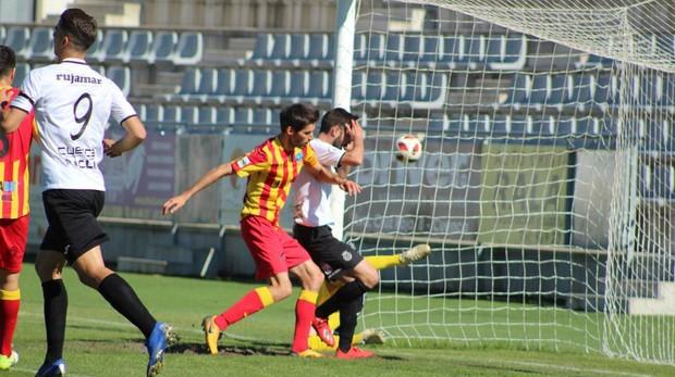 El Conquense falla un gol cantado ante el Lleida
