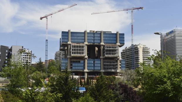 El edificio de Los Cubos en la actualidad, en obras