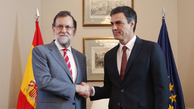 Mariano Rajoy y Pedro Sánchez en julio de 2016
