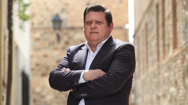 El alcalde de Cobisa espera abrir este verano el consultorio médico