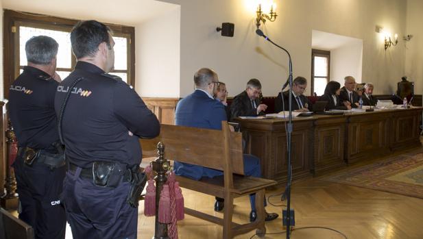 El acusado durante el juicio celebrado en Ávila