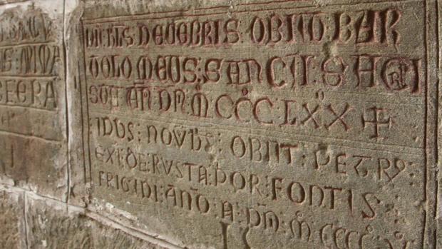 Inscripciones funerarias en San Juan de la Peña, el primer panteón real de la Corona de Aragón