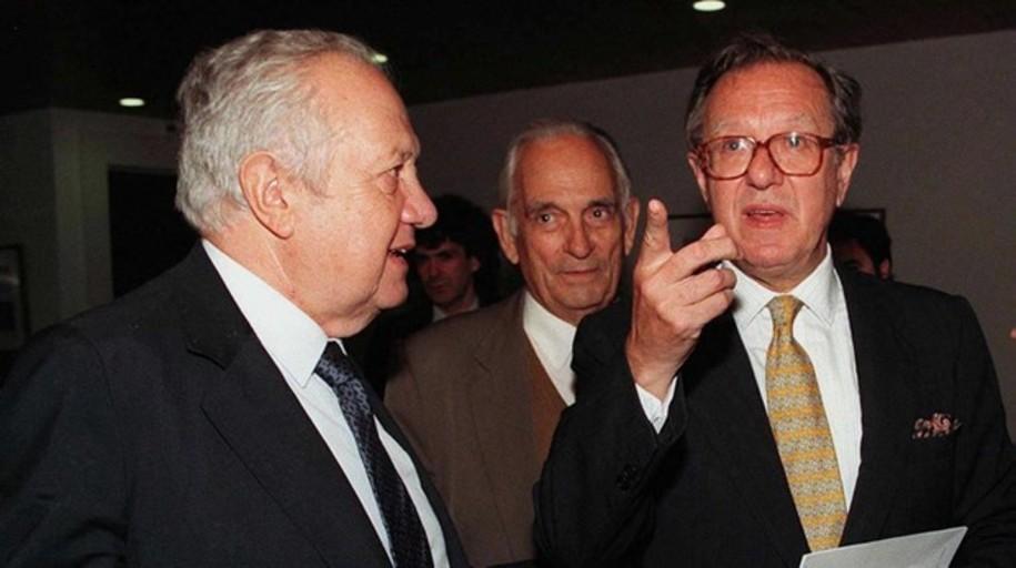 La UDEF registra el despacho de Raúl Morodo por el blanqueo de cuatro millones de PDVSA en España