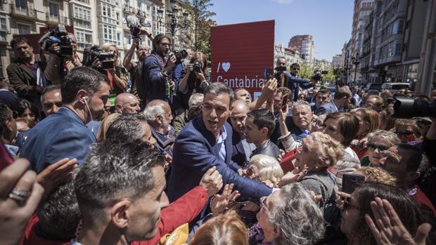 Pedro Sánchez, ayer en Santander