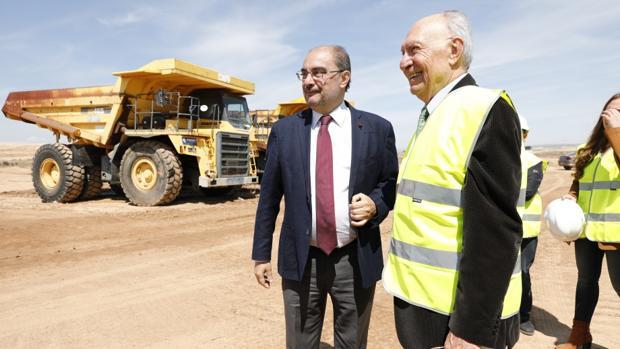 El presidente aragonés, Javier Lambán, visitó esta semana la zona que ha empezado a urbanizarse para acoger la nueva fábrica agroalimentaria de Bonárea