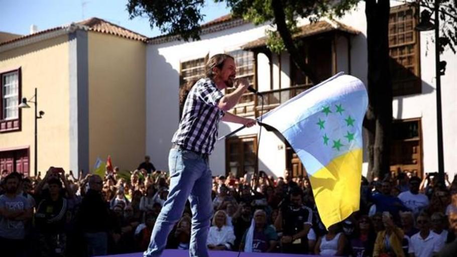 Vídeo: Iglesias termina la campaña en Canarias con la bandera independentista