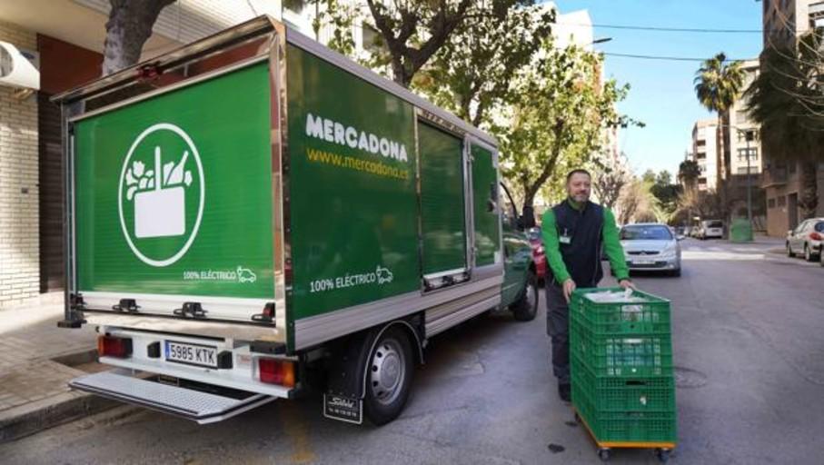 Mercadona busca conductores para reparto con contrato fijo y sueldo de 1.800 euros