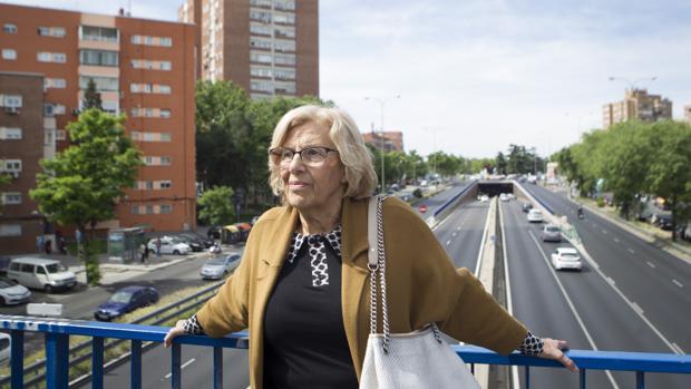 La alcaldesa Carmena visita la zona de plaza eliptica