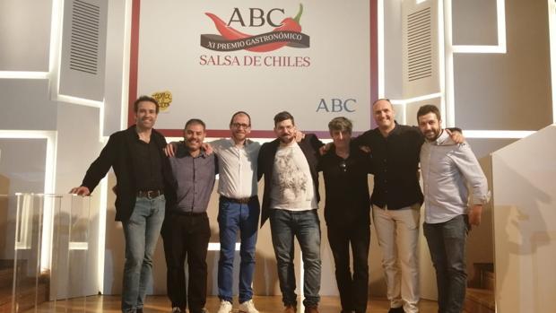 Algunos de los cocineros y jefes de sala de la región