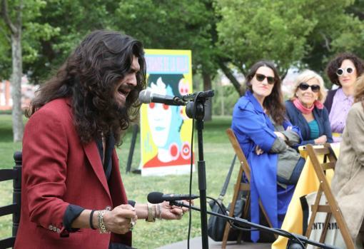 El cantaor Israel Fernández durante la presentación de los Veranos de la Villa