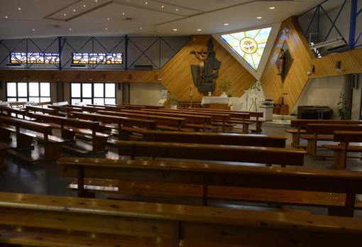 Interior de la parroquia Santa Florentina