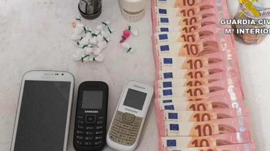 Un jubilado de 64 años «se forra» vendiendo cocaína a jóvenes en bares con ambiente