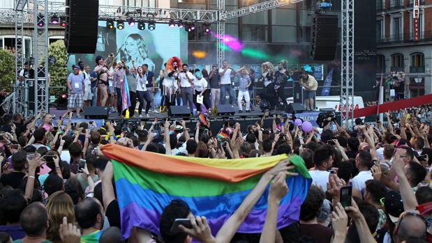 Los vecinos de Chueca piden a Almeida el fin de la «barra libre» de ruido durante el Orgullo