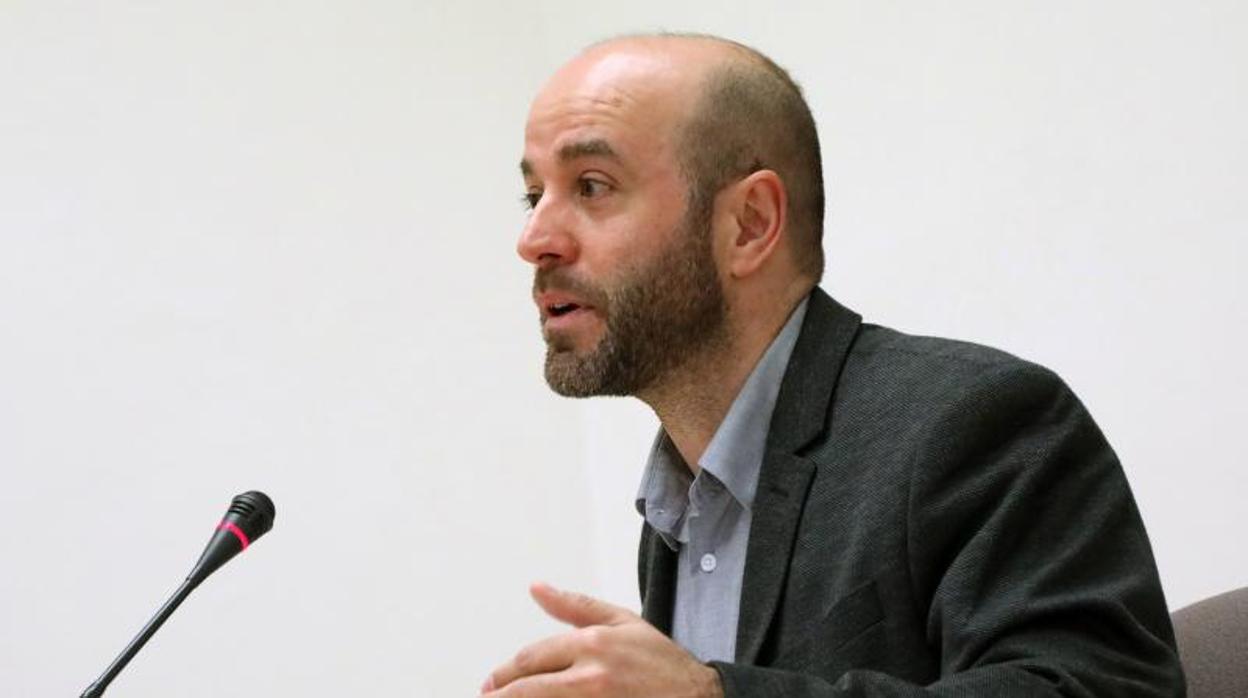 Villares y sus afines dejan el grupo de En Marea a los diputados de Podemos, Anova y EU