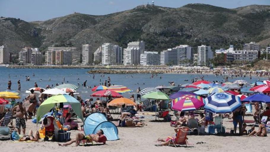 Detienen a cinco hombres por el asalto sexual a una mujer cuando salía de una playa naturista
