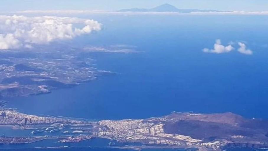 Canarias descarboniza sus puertos con GNL