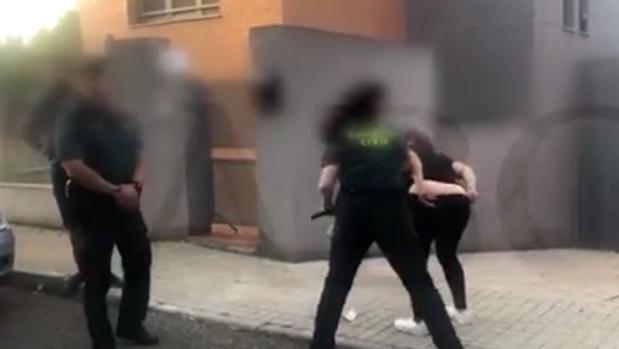 Vecinos se unen en WhatsApp para alertar de la llegada de okupas