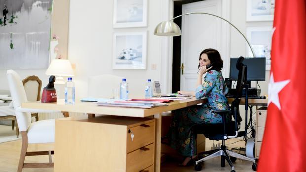 Las primeras 24 horas de Díaz Ayuso como presidenta de Madrid