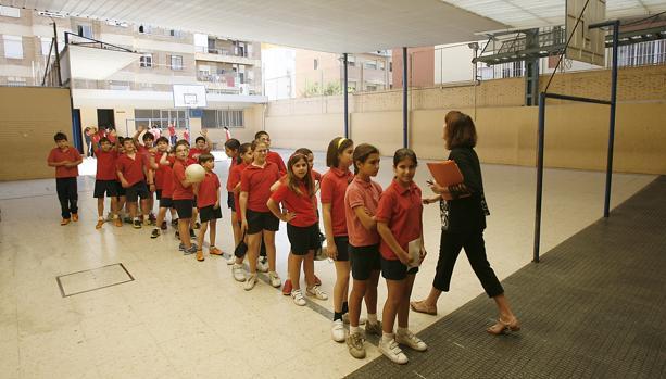 Los colegios tendrán una hora más de educación física a la semana desde el próximo curso